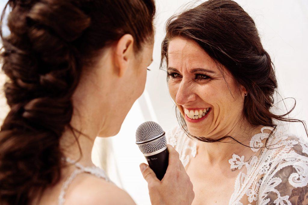 trouwceremonie, trouwgeloften, emoties, speech