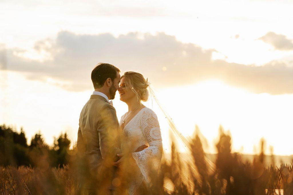zonsondergang fotoshoot, bohemian bruiloft, trouwen in belgie, sechery