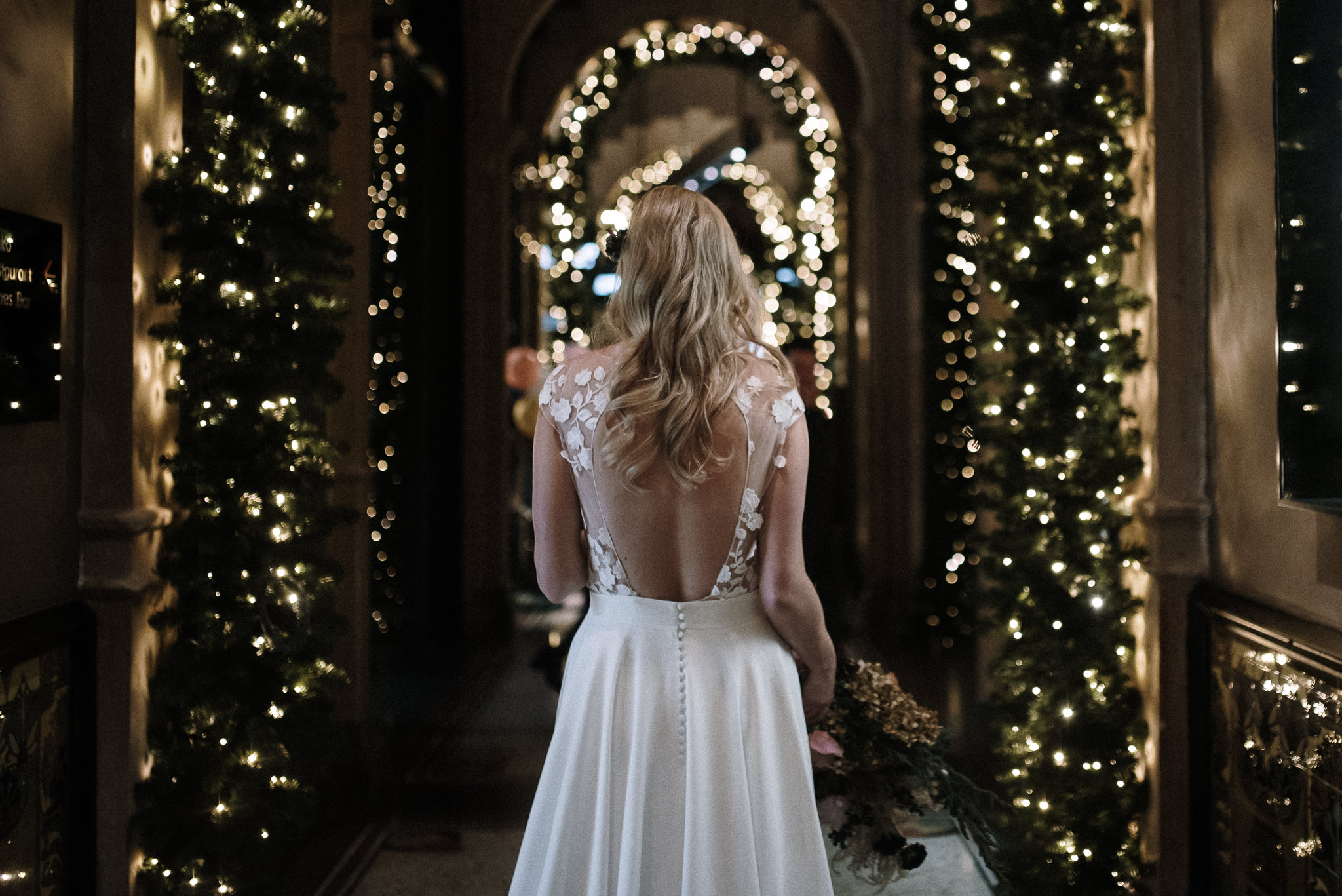 Trouwen in de winter | Winterbruiloft | Stijlvolle trouwfoto's | Trouwen met kerst | Kerstbruiloft | Bruiloft kerst thema