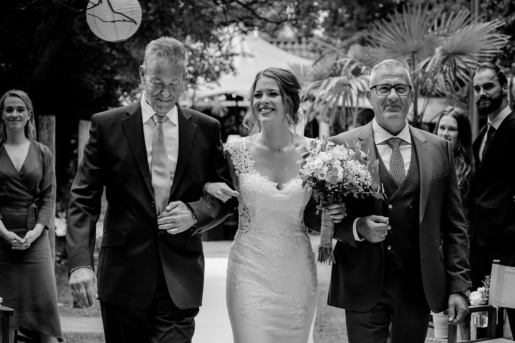 Vader van de bruid | Wegeefmoment | Trouwceremonie | Vaders op bruiloften